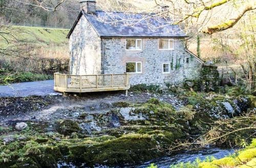Last Minute Cottages - Inviting Machynlleth Bont S6130
