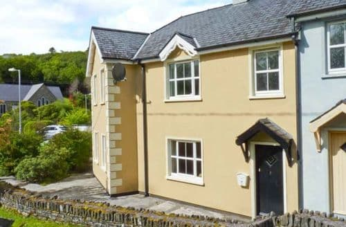 Last Minute Cottages - Delightful  Rental S6161