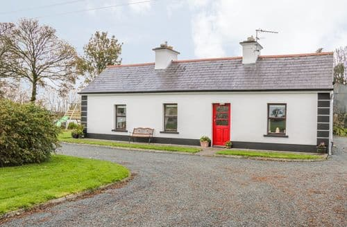 Last Minute Cottages - Exquisite  House S6164
