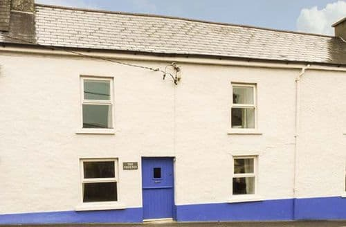 Last Minute Cottages - Lovely  Phoenix S6176
