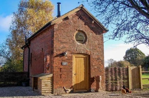 Last Minute Cottages - Chequer Stable