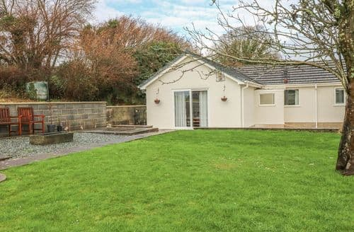 Last Minute Cottages - Exquisite Kidwelly Cottage S124004