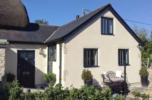 Last Minute Cottages - Adorable Salisbury Beams S4327