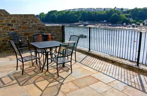 Last Minute Cottages - Exquisite Milford Haven Rental S6219