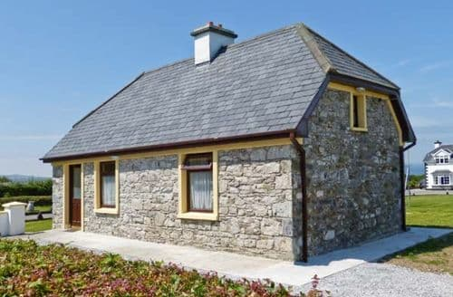 Last Minute Cottages - Scattery View Cottage