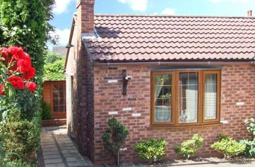 Last Minute Cottages - Bramble Grange