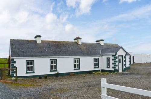 Last Minute Cottages - Charming  Cottage S6286