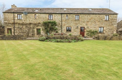 Last Minute Cottages - Inviting Long Preston House S4371