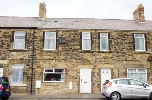 Last Minute Cottages - Attractive Amble Cottage S81003