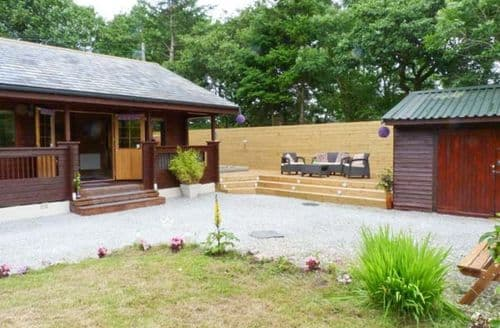 Last Minute Cottages - Charming Skipton Lodge S4402