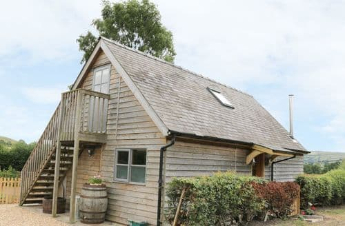 Last Minute Cottages - Bicton Lodge