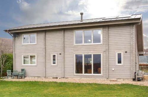 Last Minute Cottages - Attractive Roybridge Cottage S77427