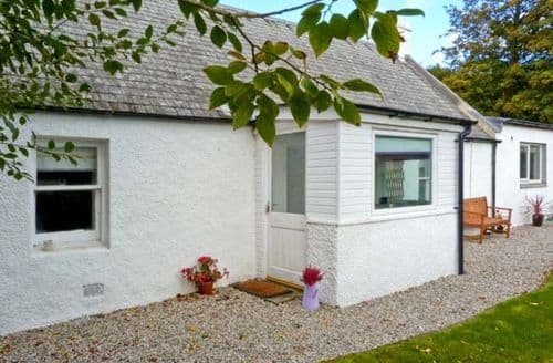 Last Minute Cottages - Captivating Strathpeffer Cottage S6357