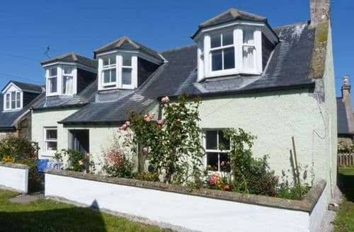 Big Cottages - Tasteful Findhorn Cottage S9084