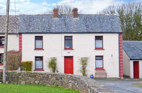 Last Minute Cottages - Captivating  Farm S6397