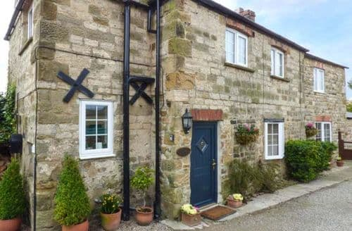 Last Minute Cottages - Amberley Cottage