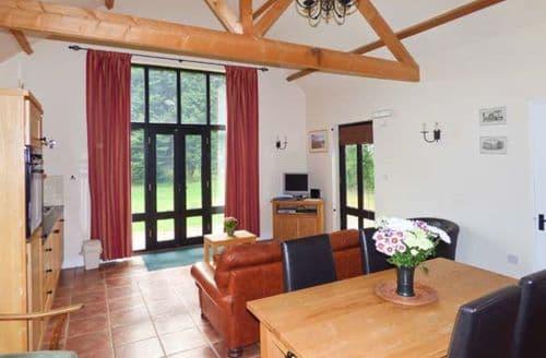 Last Minute Cottages - Delightful Saffron Walden Lodge S2904