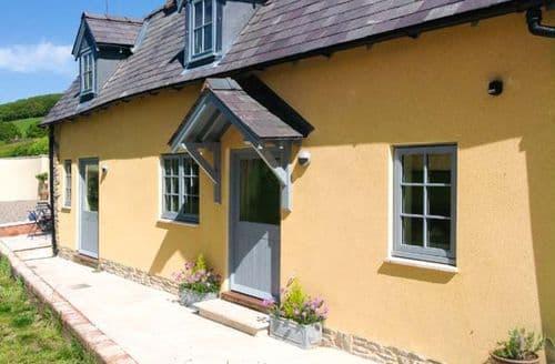 Last Minute Cottages - Wonderful Bucknell Cottage S2916