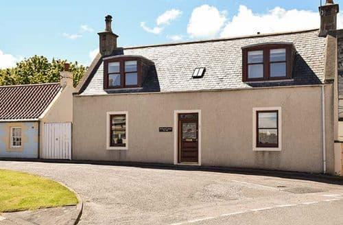 Big Cottages - Gorgeous Cullen Cottage S33786