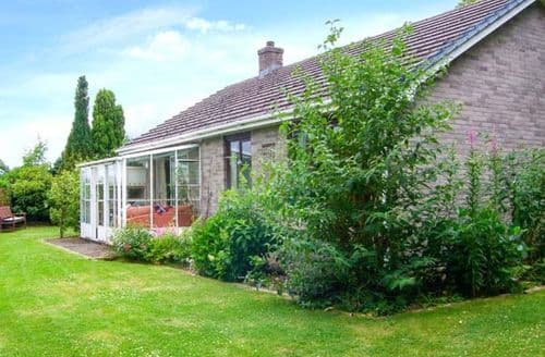 Last Minute Cottages - Attractive Lampeter Cottage S9033
