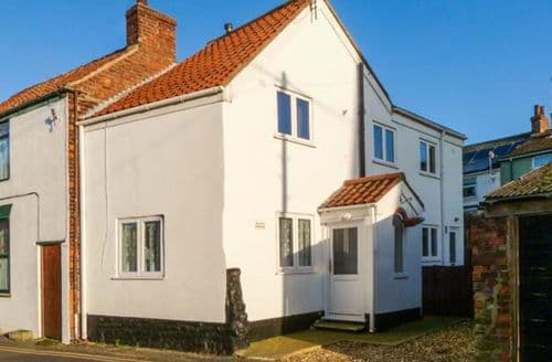 Last Minute Cottages - Inviting Hornsea Rental S13130