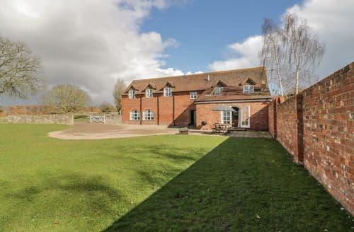 Last Minute Cottages - Stunning Tenbury Wells Cottage S6828