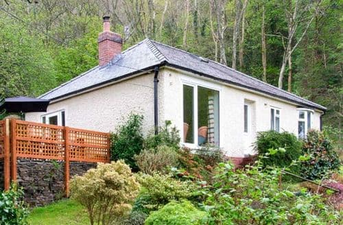 Last Minute Cottages - Bron Aber