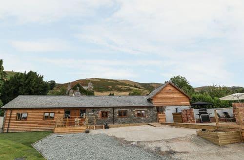 Last Minute Cottages - Rhianwen