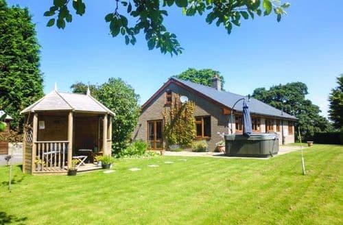 Last Minute Cottages - Gorgeous Llanbadarn Fynydd Cottage S44431