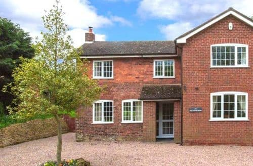 Last Minute Cottages - Wonderful Worcester House S2947