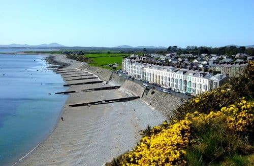 Last Minute Cottages - Delightful Criccieth Rental S6550