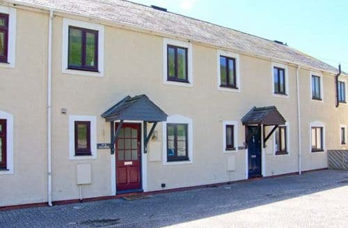Last Minute Cottages - Ty'r Heulwen