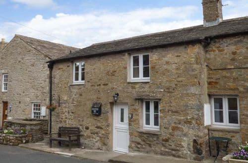 Last Minute Cottages - Luxury Bainbridge Cottage S41353