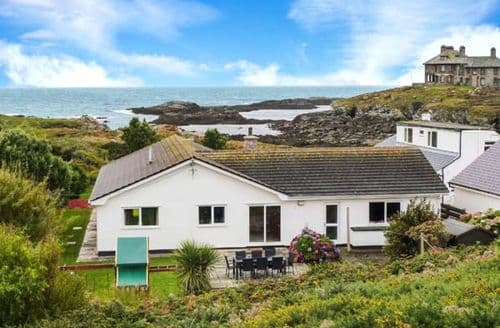 Big Cottages - Superb Trearddur Cottage S12498