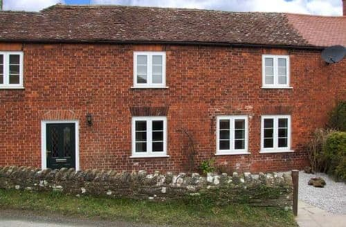 Last Minute Cottages - Tasteful Gorsley Rental S25128