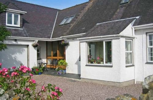 Last Minute Cottages - Captivating Penmynydd Rental S13509