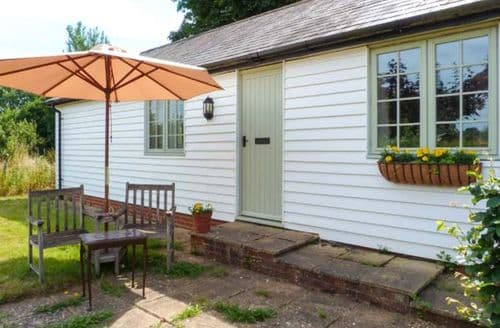 Last Minute Cottages - Lovely Collier Street Rental S13299