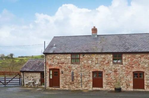 Last Minute Cottages - Graig Fawr Cottage