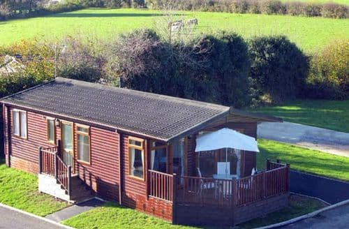 Last Minute Cottages - Bronwen's Den