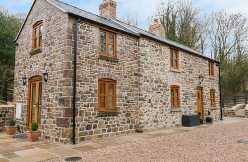 Last Minute Cottages - Quarry House