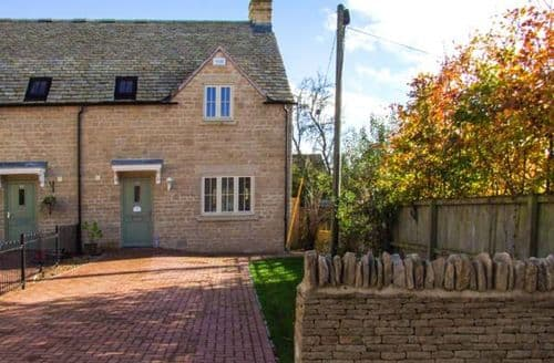 Dog Friendly Cottages - Jubilee Mews