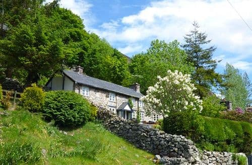 Last Minute Cottages - Haulfryn