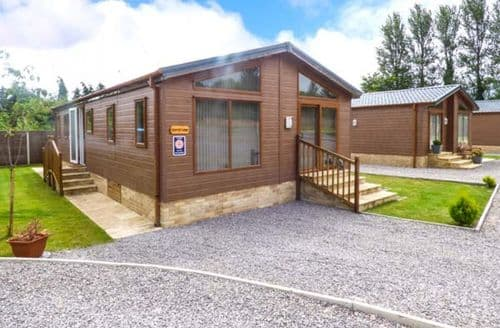 Last Minute Cottages - Luxury Milkwall Lodge S60293