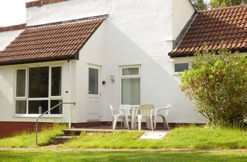 Last Minute Cottages - Stunning Norris Green Lodge S26369