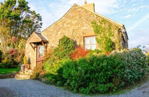 Last Minute Cottages - Inviting St. David's Rental S13211