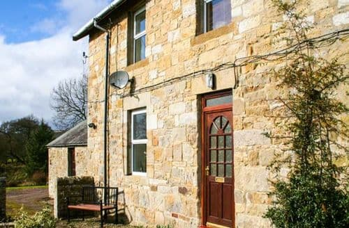 Last Minute Cottages - Charming East Woodburn Rental S25318