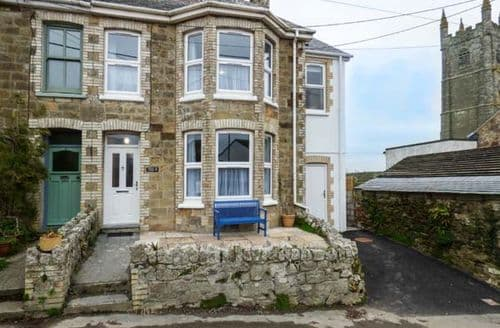 Last Minute Cottages - Cosy Porth Cottage S43726