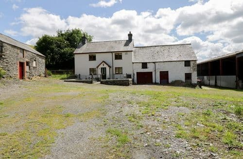 Last Minute Cottages - Maerdy Cottage