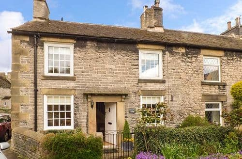 Last Minute Cottages - Attractive Castleton, Peak District Rental S26763