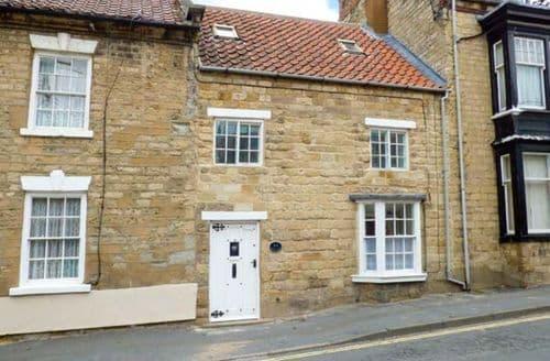 Last Minute Cottages - Castlegate Cottage